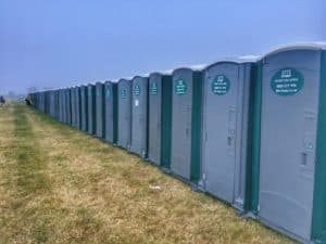 luxury trailers vs single loos